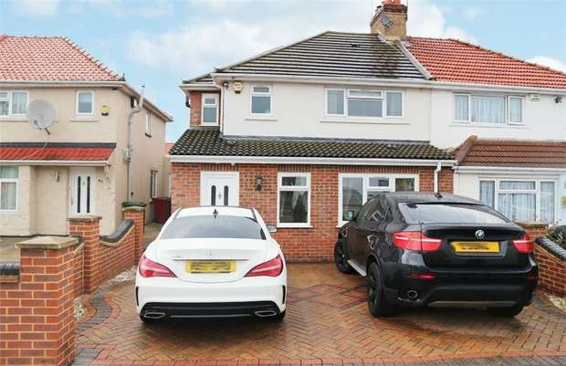 4 Bedrooms Semi Detached House for sale in Warrington Avenue, Slough, Berkshire