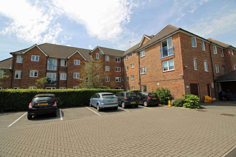 1 Bedroom Retirement Property for sale in Longleat Court, Frome