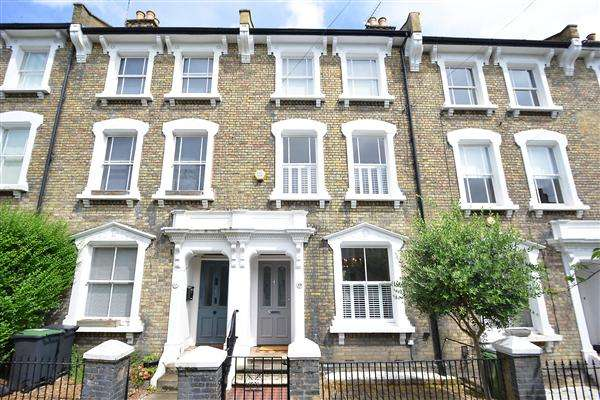 4 Bedrooms House for sale in Quentin Road, London