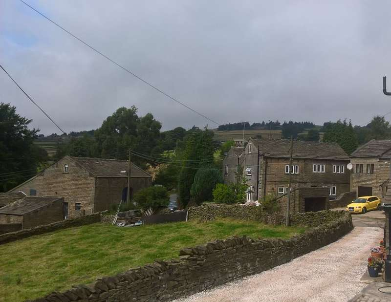 4 Bedrooms Semi Detached House for sale in Yew Tree Cottage, Holmfirth, West Yorkshire, HD9 2NR