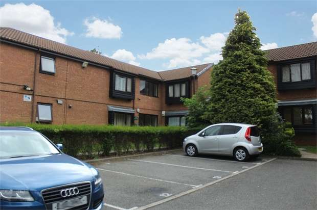 1 Bedroom Flat for sale in Colin Road, Luton, Bedfordshire
