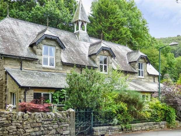 4 Bedrooms Detached House for sale in Blaenau Ffestiniog, Maentwrog, Blaenau Ffestiniog, Gwynedd