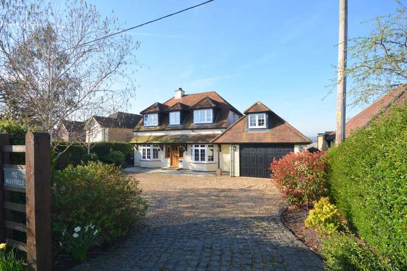 5 Bedrooms Detached House for sale in Chartridge Lane, Chesham HP5