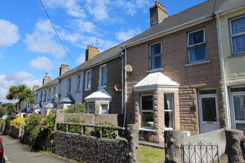 3 Bedrooms Terraced House for sale in Clarence Road, Torpoint