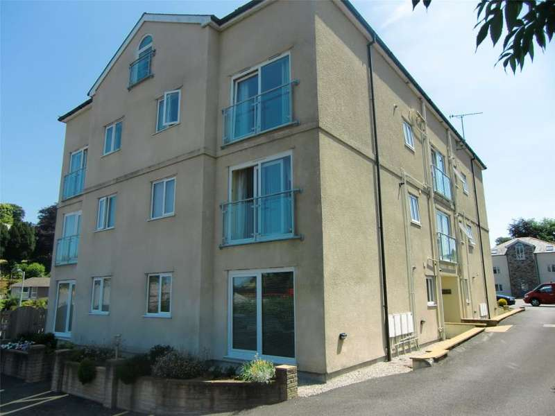 2 Bedrooms Flat for sale in Dowr Close, Launceston, Cornwall
