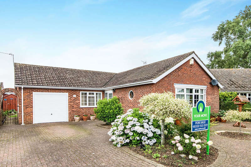 3 Bedrooms Detached Bungalow for sale in Malham Close, Lincoln, LN6