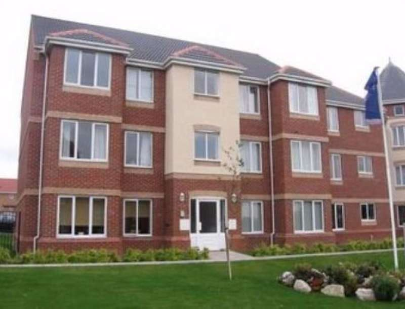 2 Bedrooms Flat for rent in Pavior Road, Nottingham, NG5