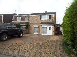 4 Bedrooms Semi Detached House for sale in St. Davids Road, Allhallows, Rochester, Kent