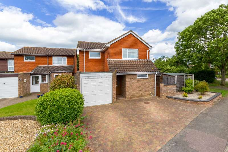 4 Bedrooms Detached House for sale in DETACHED family home in POPULAR residential area