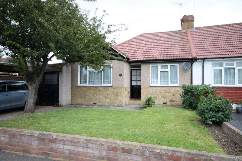 3 Bedrooms Bungalow for sale in Woodside Close, Barnehurst
