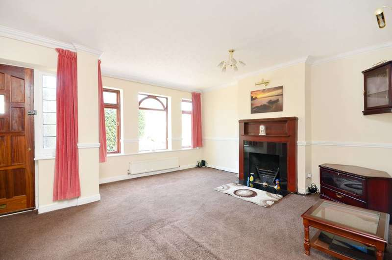 3 Bedrooms House for sale in Wyresdale Crescent, Ealing, UB6