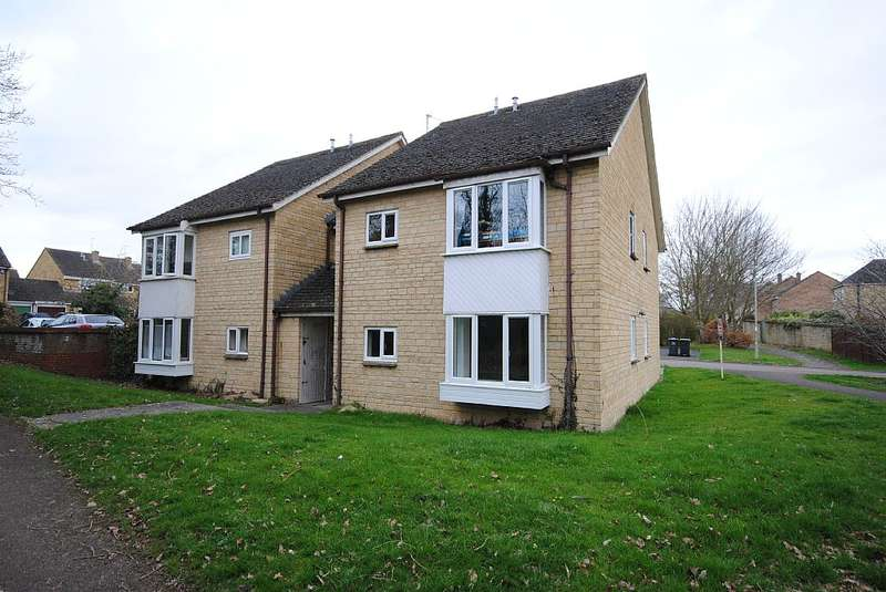 1 Bedroom Studio Flat for sale in 72, Eton Close, Witney, Oxfordshire, OX28 3GB