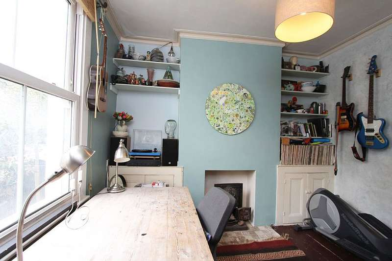 3 Bedrooms Terraced House for sale in Mayall Road, London, London, SE24 0PH