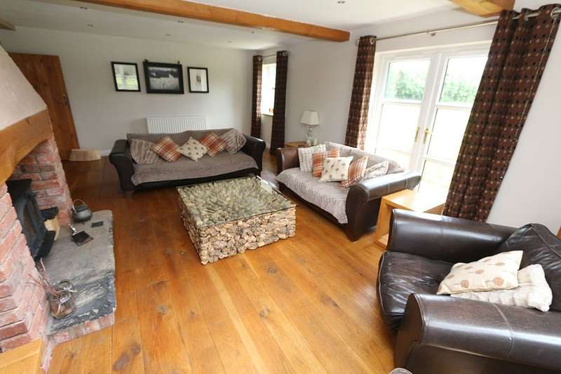 4 Bedrooms Unique Property for sale in 168 Willoughbridge, Weymouth, Market Drayton, Shropshire, TF9 4JL
