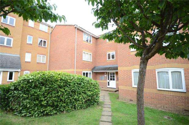 1 Bedroom Apartment Flat for sale in Ascot Court, Aldershot, Hampshire