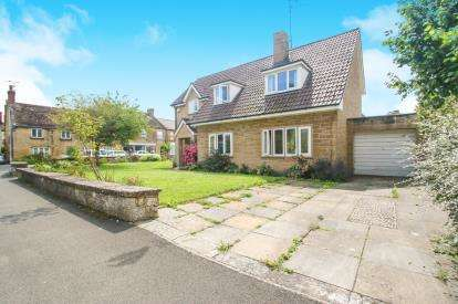 4 Bedrooms Detached House for sale in Martock, Somerset, Ashfield Park