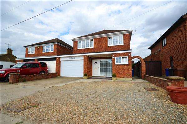 4 Bedrooms Link Detached House for sale in Victoria Grosvenor Road, Orsett