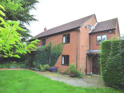 5 Bedrooms Detached House for sale in Watton, Thetford, Norfolk