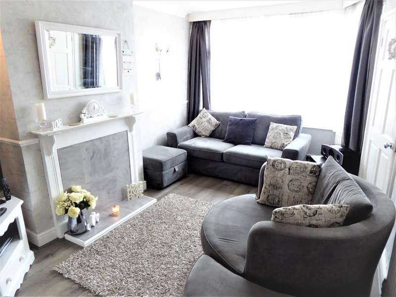 2 Bedrooms Terraced House for sale in Parkside Avenue, Barnehurst, Kent, DA7 6NL