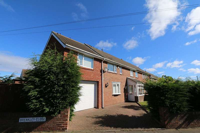4 Bedrooms Semi Detached House for sale in 1, Brenkley Close, Dinnington, Newcastle upon Tyne, Tyne and Wear, NE13 7JN