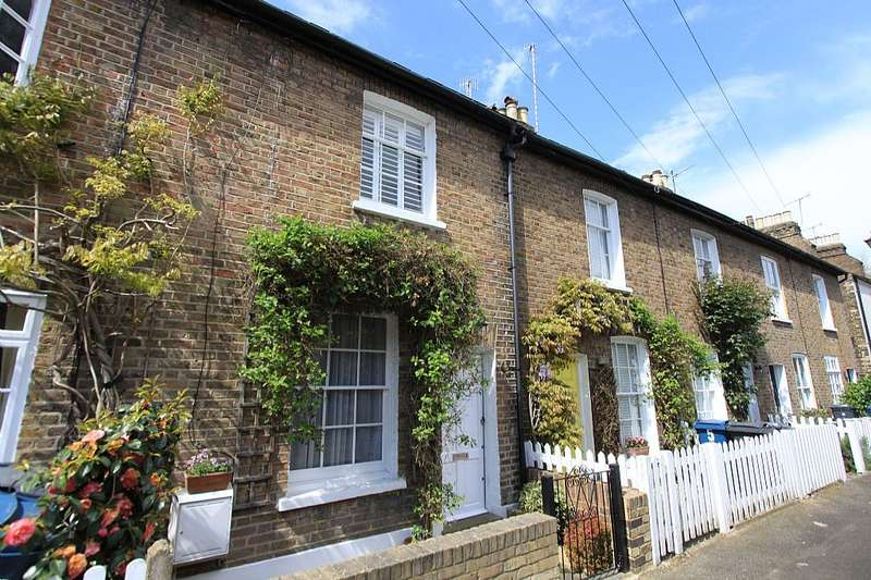 2 Bedrooms Terraced House for sale in Nelson Road, Harrow, London, HA1 3ET