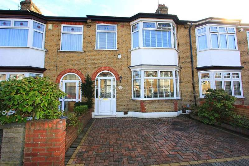 3 Bedrooms Terraced House for sale in Thornwood Close, London, London, E18