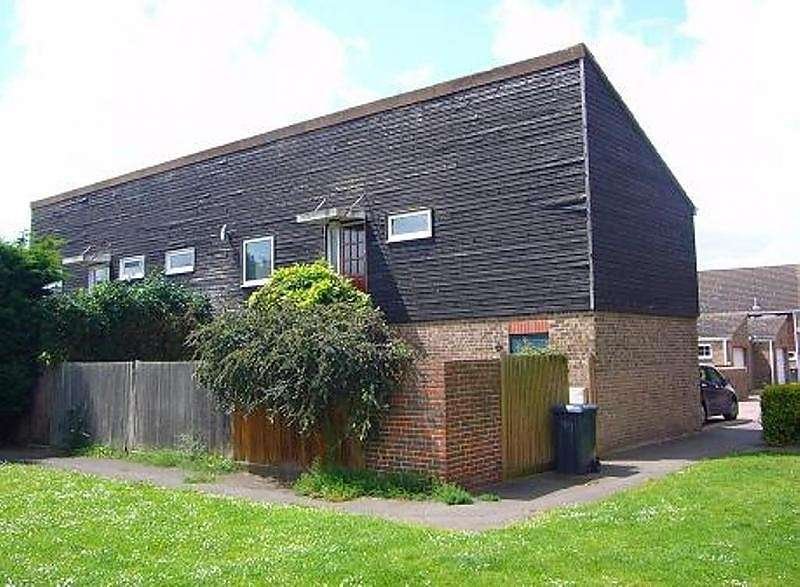 1 Bedroom Maisonette Flat for sale in Rochfords Gardens, Slough, SL2