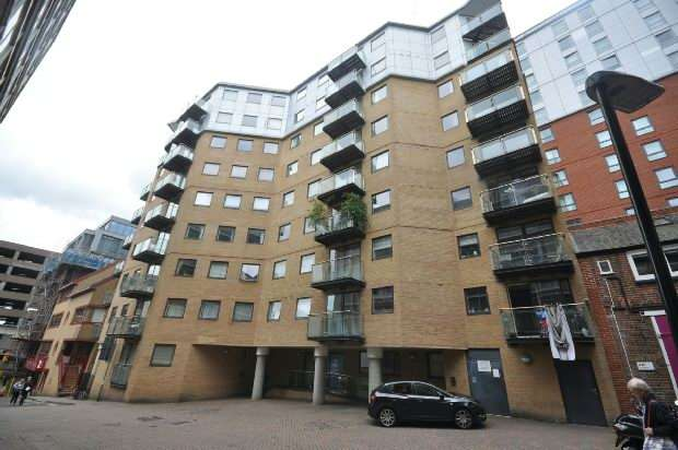 1 Bedroom Flat for sale in Projection West, Reading