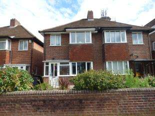 3 Bedrooms Semi Detached House for sale in Glebe Way, West Wickham, Kent