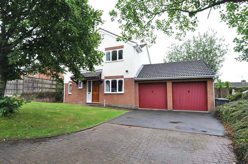 4 Bedrooms Property for sale in Underwood Close, Redditch