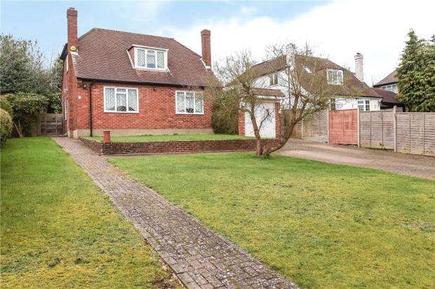3 Bedrooms Detached House for sale in Doggetts Farm Road, Denham, Buckinghamshire