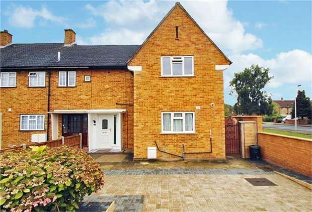 3 Bedrooms End Of Terrace House for sale in Cripps Green, Hayes, Greater London