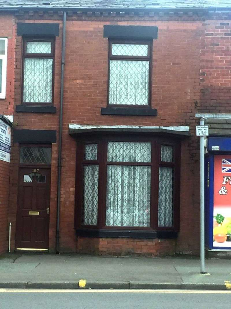 4 Bedrooms Terraced House for sale in St Helens Road, Bolton