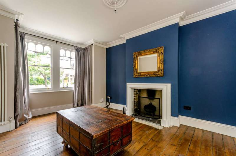 4 Bedrooms House for sale in Boscombe Road, South Wimbledon, SW19