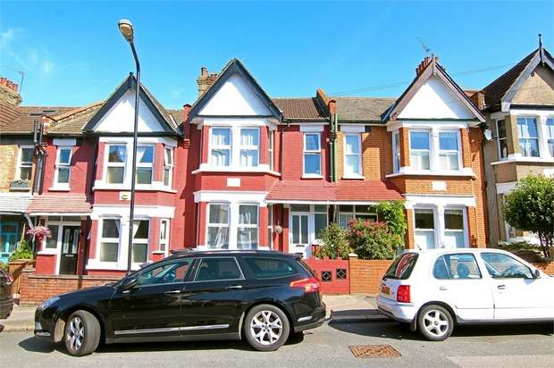3 Bedrooms Terraced House for sale in Belle Vue Road, Walthamstow, London