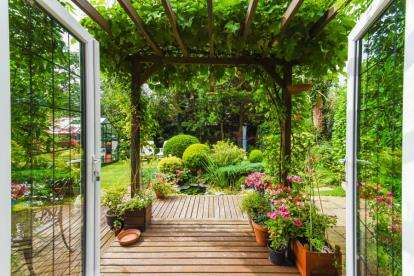 4 Bedrooms Detached House for sale in Nightingale Road, West Cheshunt, Hertfordshire