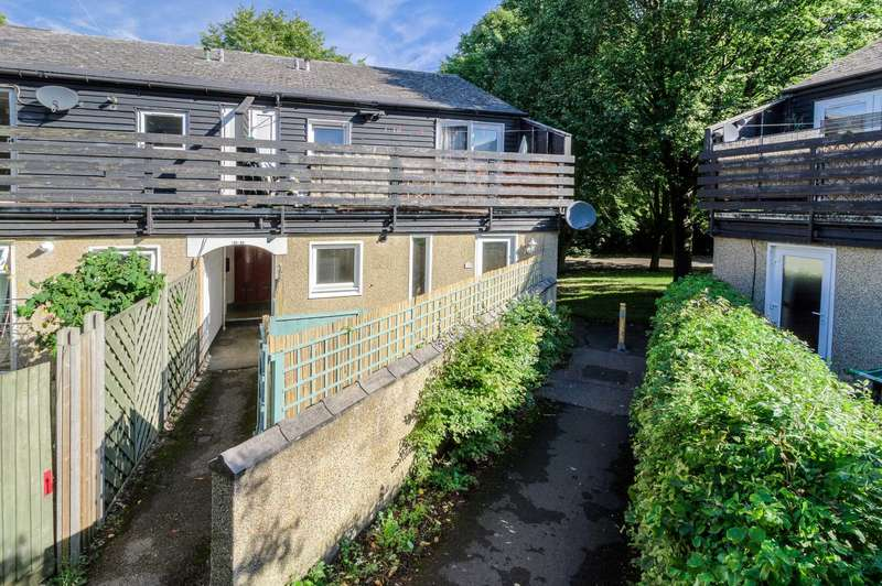 2 Bedrooms Maisonette Flat for sale in Campion, Milton Keynes