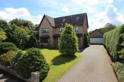 4 Bedrooms Detached House for sale in Main Street, Brightons