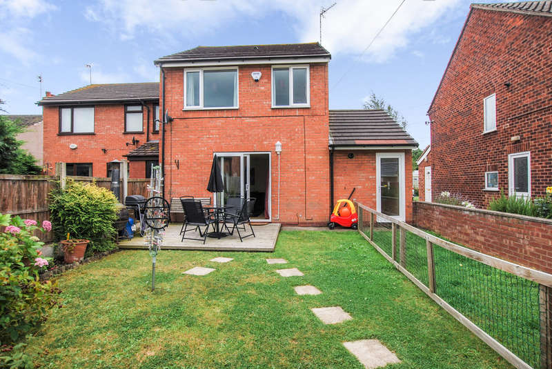 3 Bedrooms Semi Detached House for sale in Delta Court, Saltney Ferry Road, Chester