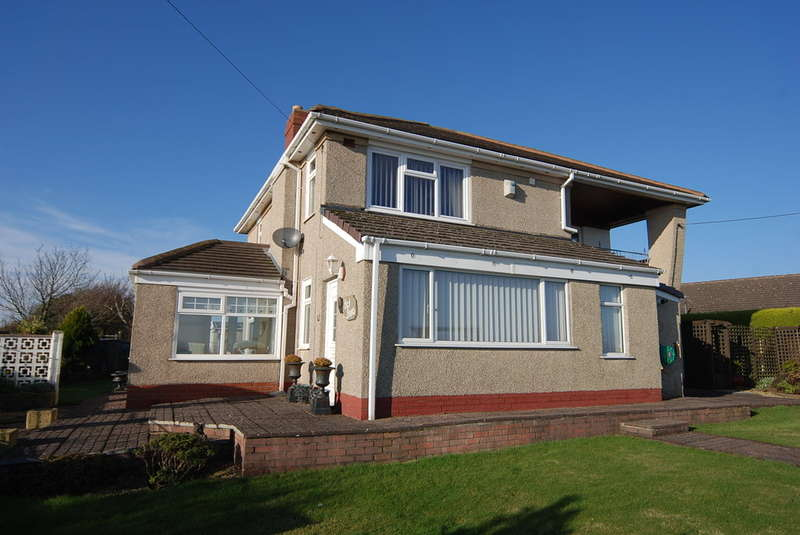 3 Bedrooms Detached House for sale in Coast Road, Rampside, Barrow-in-Furness, Cumbria, LA13 0QW