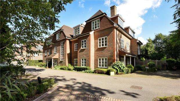 3 Bedrooms Apartment Flat for sale in Evergreen, London Road, Sunningdale