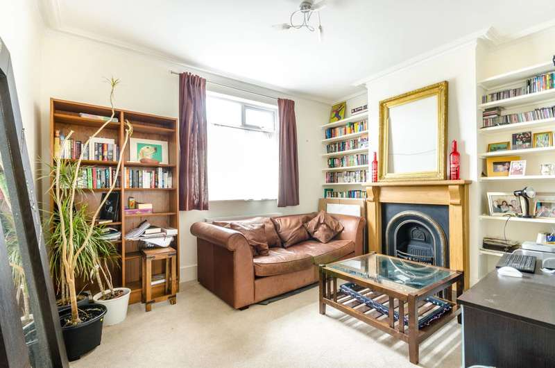 3 Bedrooms Semi Detached House for sale in Parkfield Road, Willesden Green, NW10