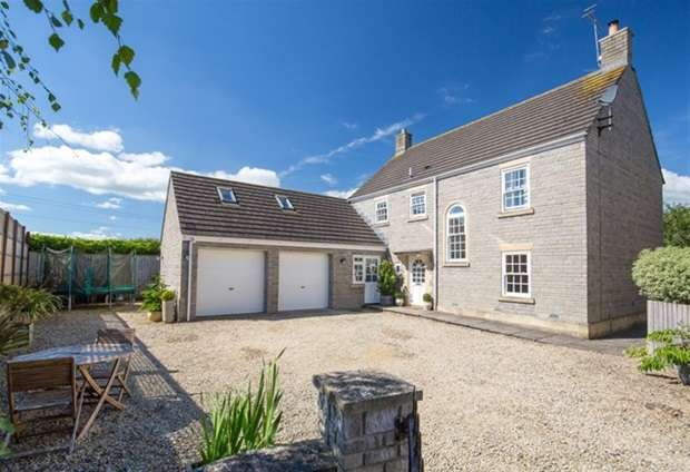 5 Bedrooms Detached House for sale in Farm Close, Westbury Sub Mendip, Wells