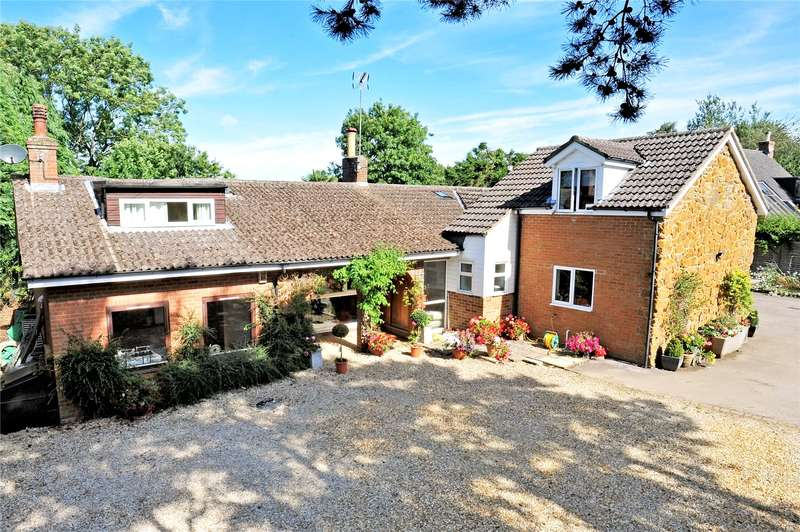 5 Bedrooms Detached Bungalow for sale in London End, Upper Boddington, Daventry, Northamptonshire, NN11