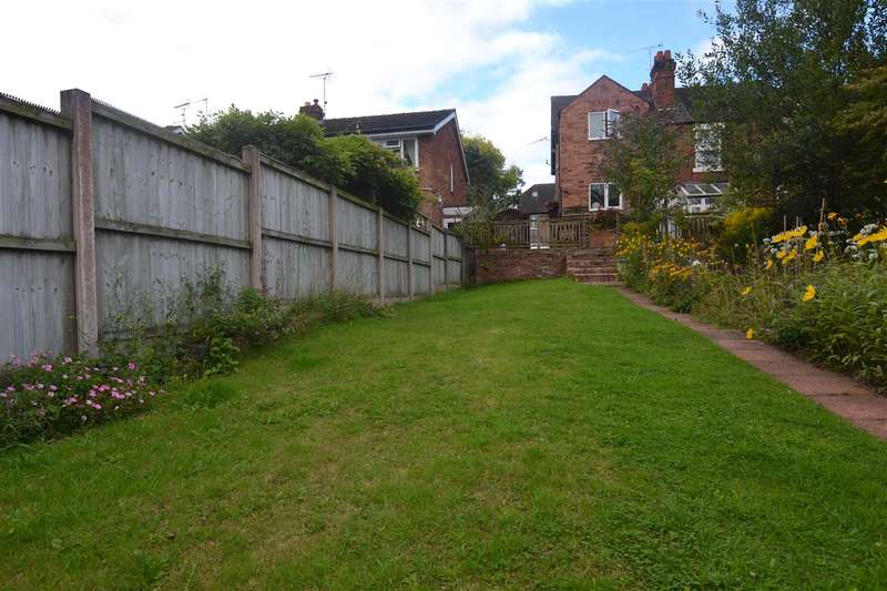 2 Bedrooms Apartment Flat for sale in Rowley Grove, Stafford