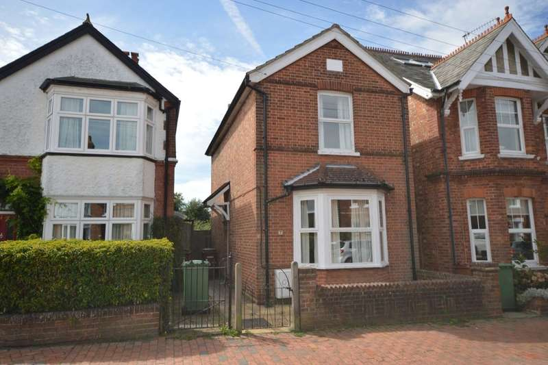 3 Bedrooms Detached House for sale in Culverden Avenue, Tunbridge Wells, TN4