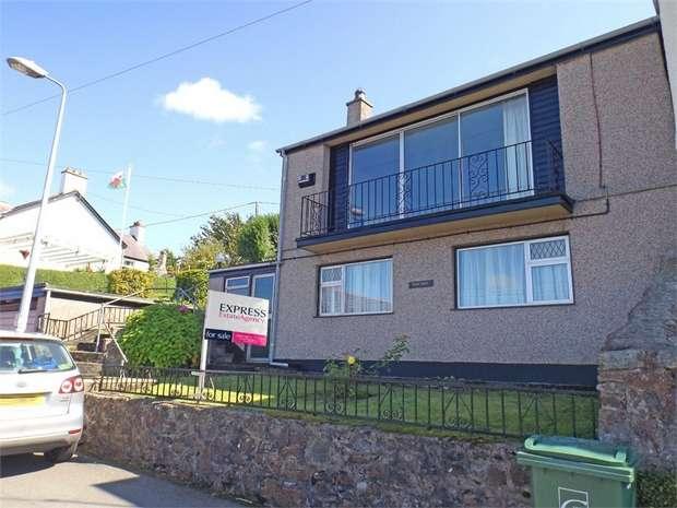 2 Bedrooms Detached House for sale in Brynffynnon, Y Felinheli, Gwynedd