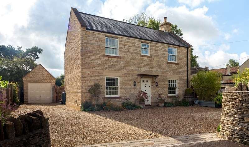 4 Bedrooms Detached House for sale in Pool Green, Neston