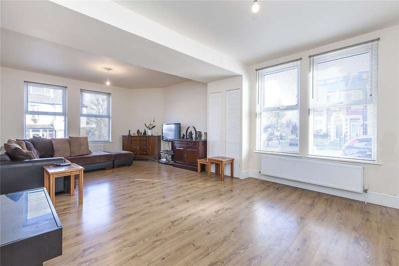 3 Bedrooms Semi Detached House for sale in Wyndcliff Road, London, SE7