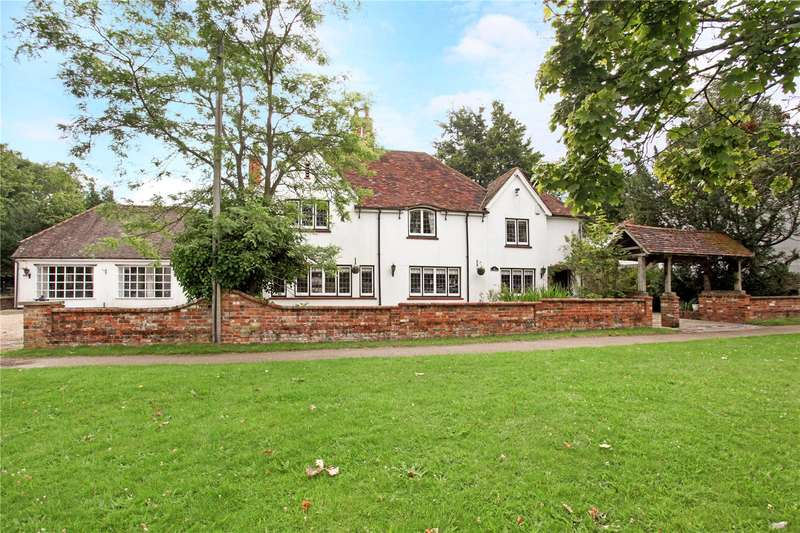 4 Bedrooms Detached House for sale in Reading Road, Yateley, GU46